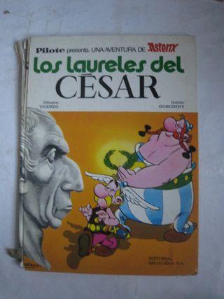 comic tebeo Astérix Los laureles del César