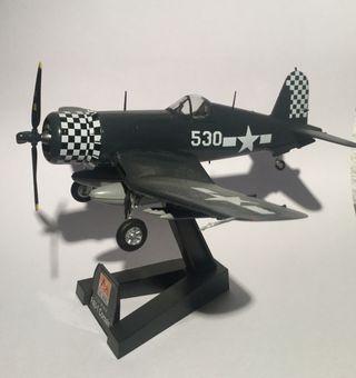 Maqueta avión f4 Corsair.