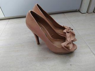 peep shoes nude