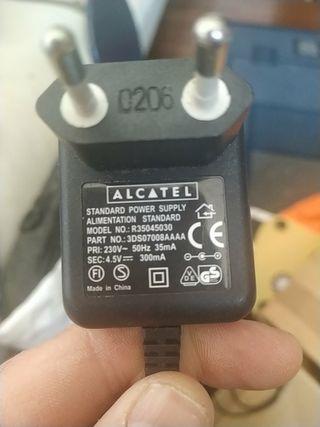 cargador Alcatel antiguo
