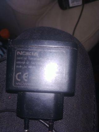cargador Nokia antiguo