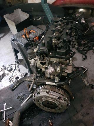 motor Hyundai i 30 1400 gasoy año 2010
