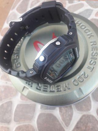 CASIO G-SHOCK DW 5600c.
