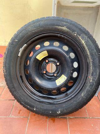 Llanta y neumático Michelin