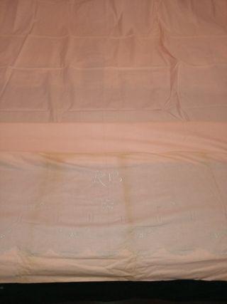 Sábana antigua+dos almohadas. Sábana enc. individu