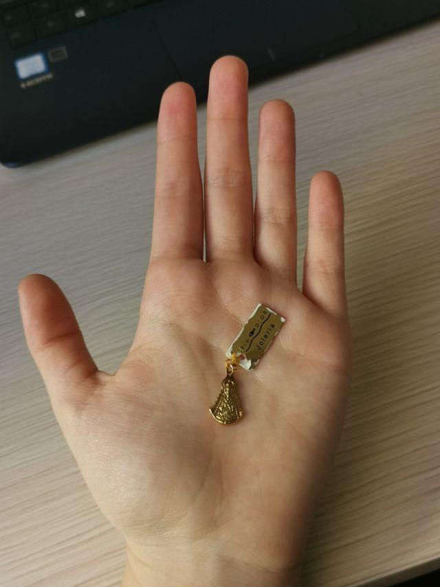Virgen de oro para colgante