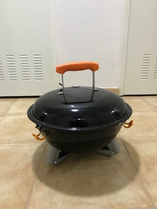 Barbacoa de carbón sobremesa exterior