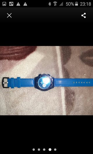 blue hublot geneve watch