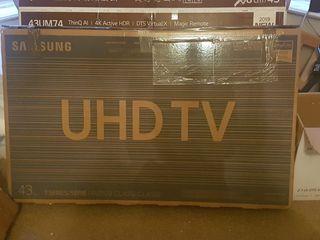 Samsung 43 inch 4K smart new boxed t.v.