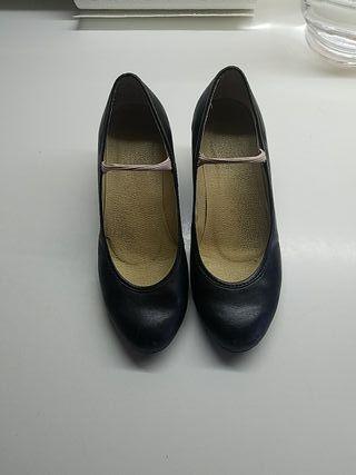 zapatos negros con tacón para baile Talla 33 niña