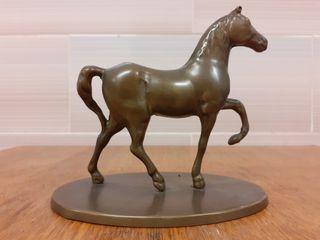 Antiguo caballo Árabe de bronce 1960