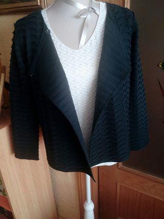 """chaqueta y camiseta de """"Armani"""""""