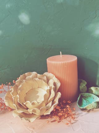 Precioso Portavelas Auténtico Antiguo Flor