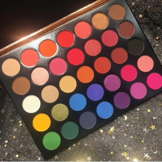 Beauty Glazed 35 Colour Studio eyeshadow palette