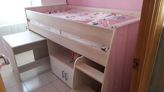 cama juvenil, escritorio y mueble