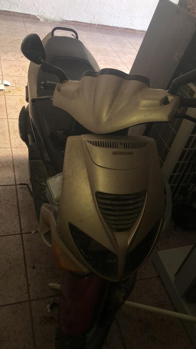 Moto peugeot speed five