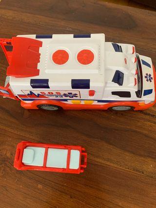 Ambulancia, camión de basura y avión de juguete
