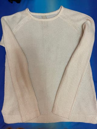Jersey Pull and Bear talla S color beige