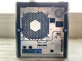 Servidor HP ProLiant Microserver G8