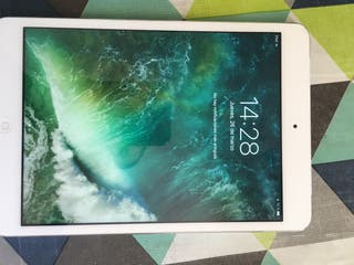 IPad mini 2 retina 16gb, con sim.