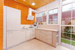 Montador de muebles de cocina,puertas,parquet.