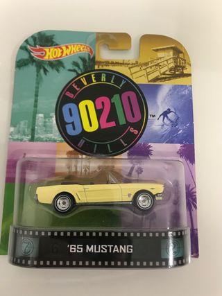 Hot Wheels retro Mustang