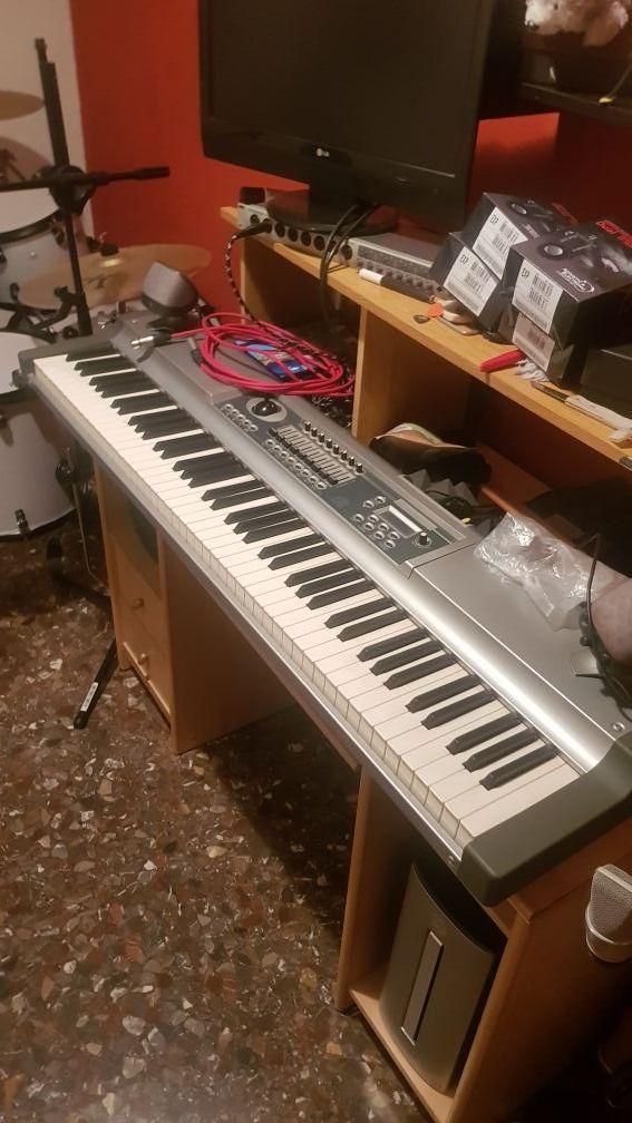 Piano controlador midi profesional STUDIOLOGIC