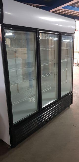 nevera 3 puertas de cristal hosteleria