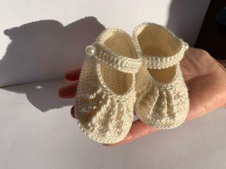 Zapatillas de bebés, patucos