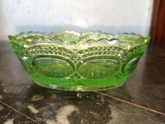 cuenco cristal antiguo verde rebajado