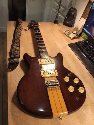 Guitarra eléctrica Ventury 70's