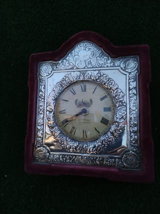 Reloj Plata repujada Isabelino