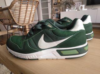 deportivas Nike, seminuevas