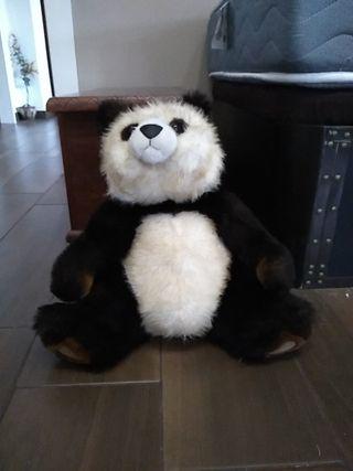 peluche de oso panda