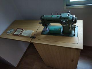 Maquina de coser Refrey 427 Automatica