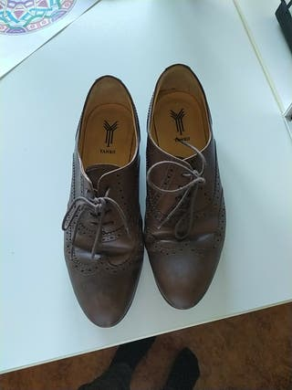Zapatos oxford.