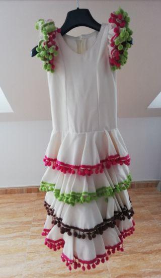 Traje de flamenca para niña.