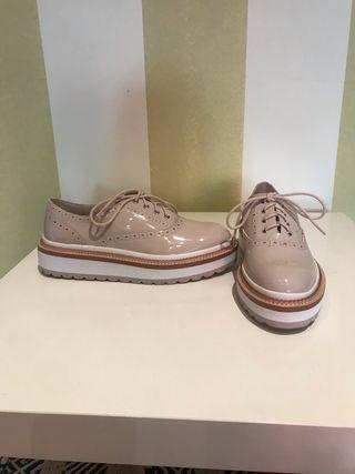 Zapatos Oxford de Zara