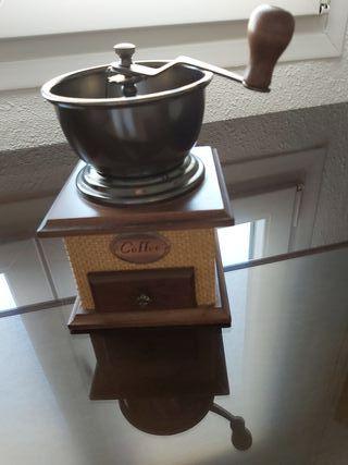 Molinillo de café tradicional