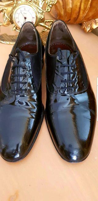 Zapato de gala salón o baile para hombre.