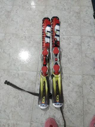 Esquí corto con botas mujer
