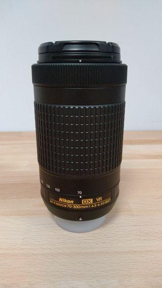 Objetivo Nikon DX 70-300 VR