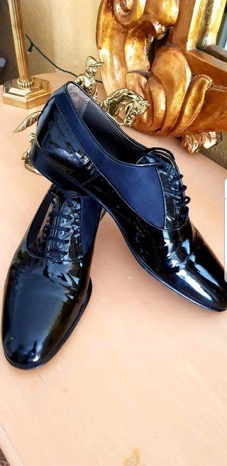 Zapato de salón, baile o fiesta para hombre