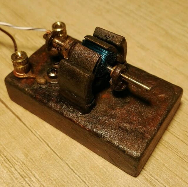 Modelo Motor Antiguo funcionando