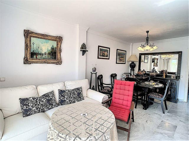 Apartamento en venta en Puerto de la Duquesa en Manilva (La Duquesa, Málaga)