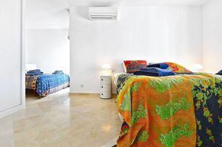 Villa en venta en Río Real en Marbella