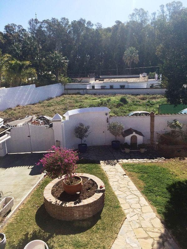 Villa en venta en San Pedro de Alcántara pueblo en Marbella (San Pedro Alcántara, Málaga)