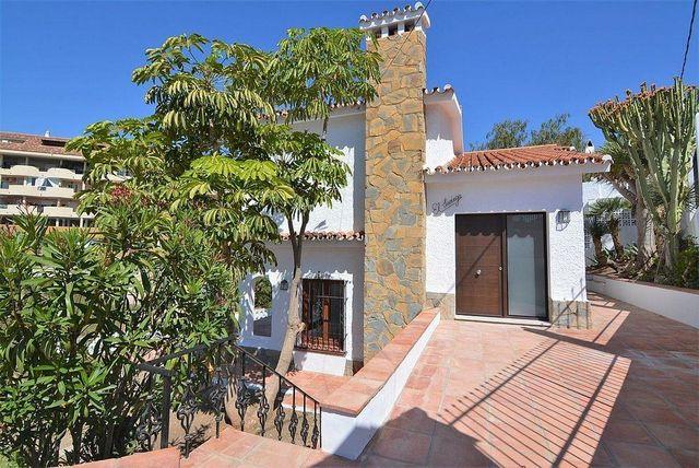 Villa en venta en Centro Ciudad en Fuengirola (Fuengirola, Málaga)