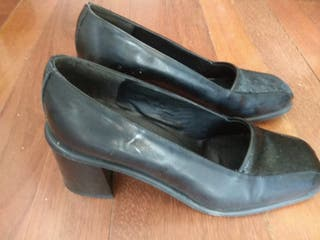 zapatos negros de tacón 39