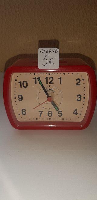 Reloj despertador Moto